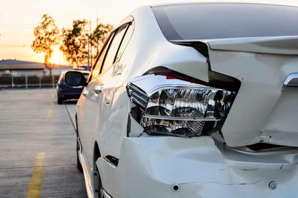 Contact our attorneys to file a rear-end accident claim.
